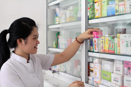 Băng dính giấy dùng thường được sử dụng tại các nhà thuốc